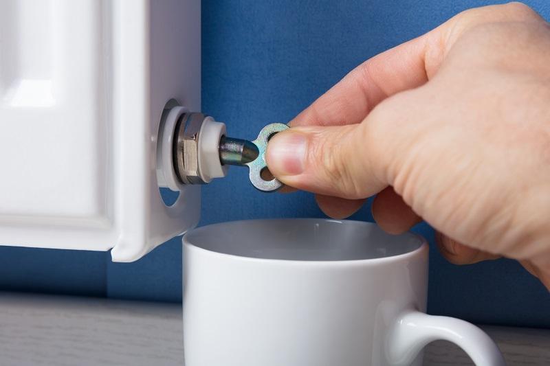 Heizung entlüften: Mit dem Entlüftungsschlüssel haben wir hierzu das richtige Werkzeug (#01)