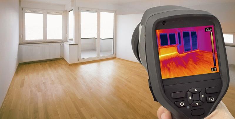 Die Darstellung dieser Informationen erfolgt sowohl als klassische Temperaturanzeige als auch durch ein Wärmebild mit hoher Auflösung, um mögliche Unterschiede innerhalb der beobachten Zone schneller wahrzunehmen.