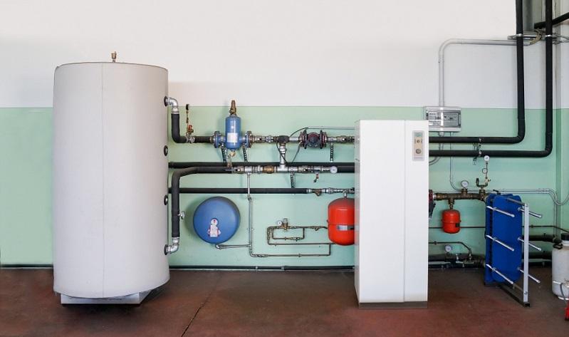 Wärmepumpen stellen keine kurzfristige Wärme zur Verfügung, sondern werden entsprechend konfiguriert, um langfristig Heizwärme zu erzeugen.  (Foto: Shutterstock- caifas  )