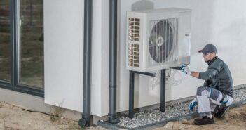 Wärmepumpe: Heizstrom berechnen und sparen ( Foto: Shutterstock-Virrage Images )